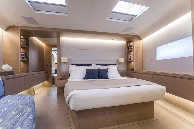 SW105 Kiboko III cabin